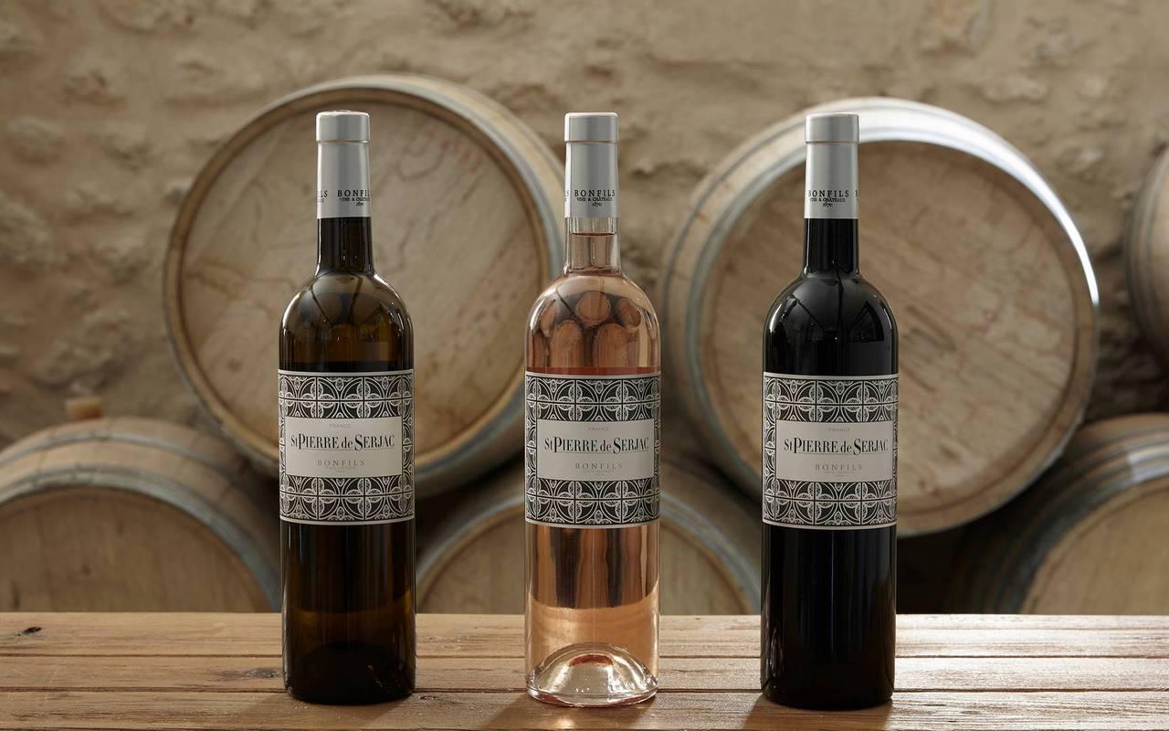 Bottles of wine of the Château St Pierre de Serjac, Languedoc wine tours