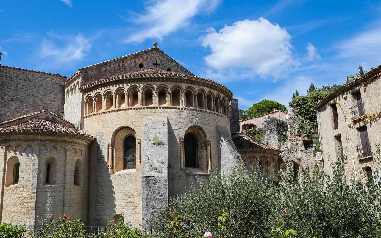 Saint-Guilhem-le-Désert church, close to the Château de Serjac, weekend in the south of France.