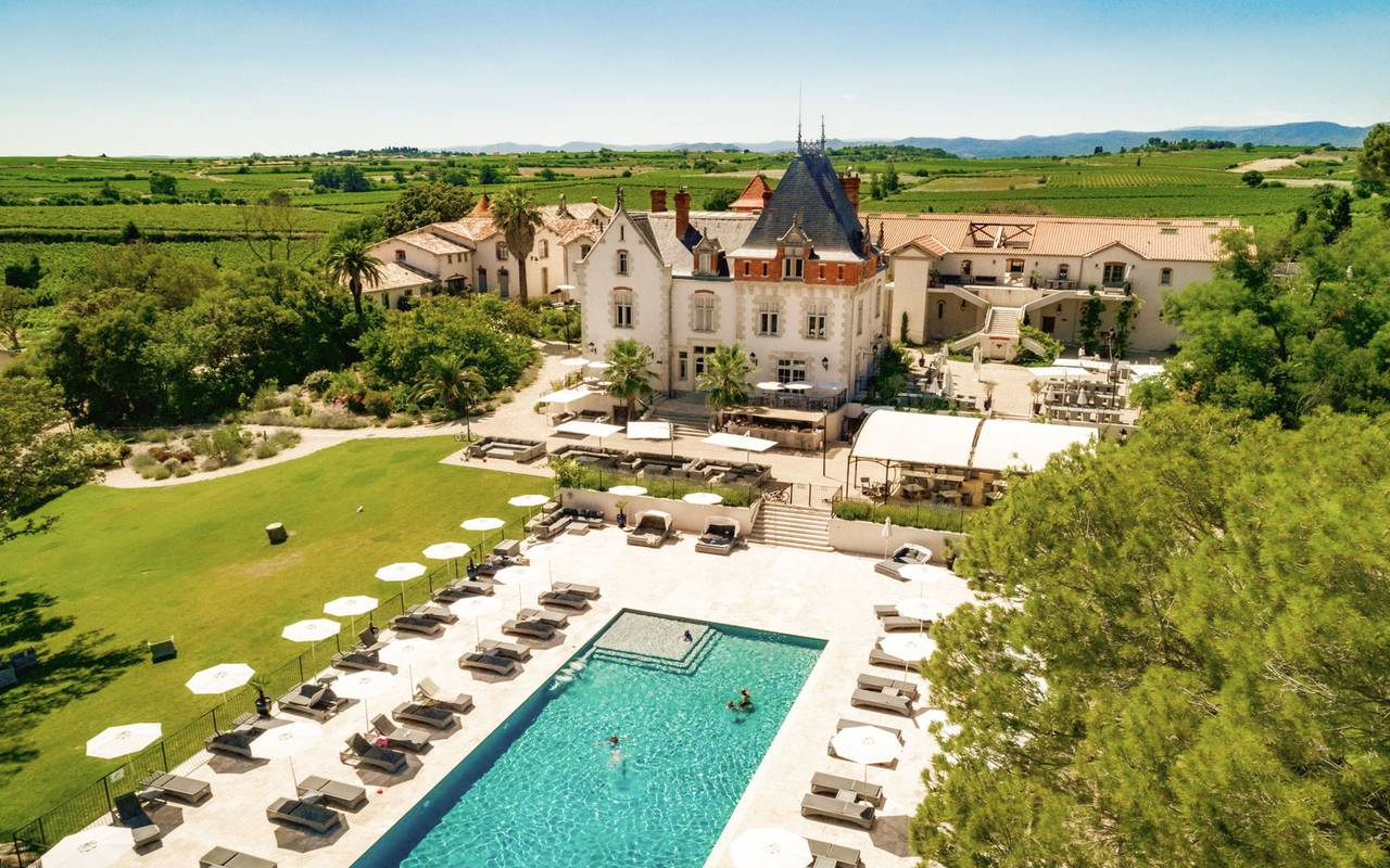 Aerial view of the Château de Serjac, a luxury hotel in th south of France